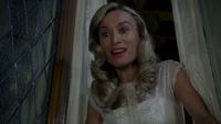4x18 Cruella d'Enfer fenêtre grenier chambre histoire Isaac