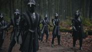 5x12 chevaliers gardes noirs épées
