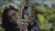 6x08 Regina Mills reflet miroir magique Méchante Reine sourire piège