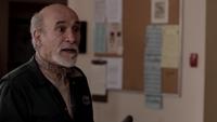 1x01 Marco poste de police