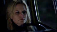 4x07 Emma Swan voiture jaune vue Storybrooke pleurs larmes