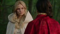 5x05 Emma Ténébreuse Regina Camelot doute plan Arthur