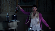 2x01 Mary Margaret Blanchard MacCutcheon feu mairie de Storybrooke