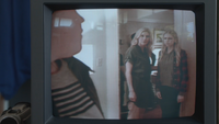 4x06 cassette vidéo Ingrid Emma Swan jeune
