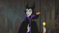 La Belle au Bois Dormant (Disney) Maléfique sceptre bâton corbeau Diablo malédiction baptême