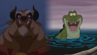 Disney La Belle et la Bête 1991 Crocodile Peter Pan 1953