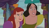Cendrillon (Disney) 1950 méchantes demi belles-sœurs Anastasie Javotte de Trémaine perplexes étonnées surprises