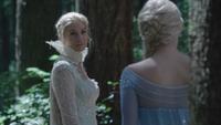 4x03 Reine des Neiges Elsa forêt Storybrooke rencontre retrouvailles souvenirs oubliés
