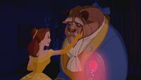 La Belle et la Bête (Disney) rose enchantée adieux