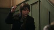 Shot 1x16 Henry Schlüssel