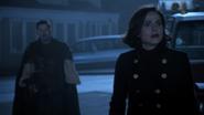 6x11 Regina Mills Robin de Locksley uchronie Storybrooke combat Sauveuse immobilisation