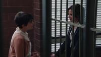 1x18 Regina Mills Mary Margaret Blanchard poste du shérif aveux