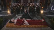 2x15 Reine Eva Blanche-Neige sujets mort cérémonie funèbre