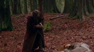 2x14 Rumplestiltskin prophétesse couchée mort prophétie