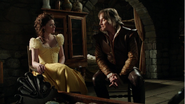 4x22 Belle Rumplestiltskin réécrits robe jaune berceau Neal discussion menace mauvais choix