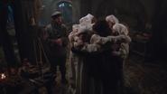 1x14 chaumière sept nains étrainte départ Rêveur Grincheux Furtif Prof Simplet Timide Dormeur Joyeux Atchoum