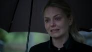 5x21 Emma Swan pleurs tristesse mort tombe Killian Jones parapluie cimetière