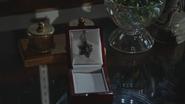 4x01 pendentif collier médaillon flocon étoile filante des vœux souhaits boutique d'antiquités M. Gold
