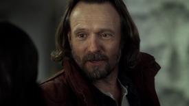 2x17 Kurt Flynn rencontre Regina Mills poignée de main