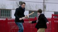 2x19 Neal Henry jeu épée port Storybrooke