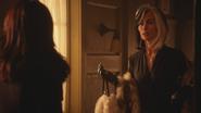 5x13 Regina Mills Cruella d'Enfer retrouvailles demande aide