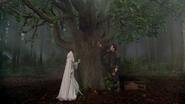 6x11 Princesse Emma Swan Pinocchio Uchronie arbre magique enchanté bois