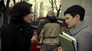 2x17 Regina Mills Mary Margaret Blanchard rencontre rue