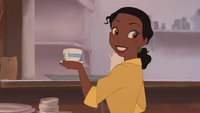 La Princesse et la Grenouille film Disney 2009 Tiana comptoir tasse cafetière plateau sourire