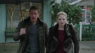 Shot 1x18 David Emma