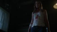 D1x09 Amy Hughes cabane hache sang regard meurtre Deborah Carpenter