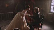 2x16 Cora robe jeune mariée fiancée penchée mains Rumplestiltskin assis chaise