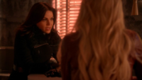 5x15 Regina Mills Emma Swan dos Café Mère-Grand discussion Crochet Liam