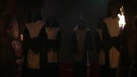 D1x07 satanistes Golden Crove rituel Amy Hughes passage