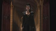 1x01 Méchante Reine Regina apparition arrivée mariage retard sourire