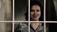 2x17 Regina Mills réveil jour malédiction sourire