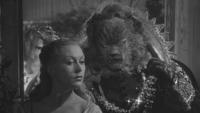La Belle et la Bête film 1946 main gantée doigt explications jardin pavillon de Diane mini