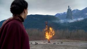4x14 Reine Regina arbre enflammé magique Forteresse interdite