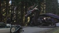 4x18 voiture DEV IL Cruella d'Enfer Maléfique dragon couchée limite frontière Storybrooke