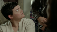 6x07 Mary Margaret Blanchard réaction incrédulité relation M. Gold Méchante Reine maison Swan