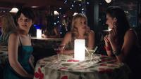 1x12 Rabbit Hole soirée filles Ashley Boyd Ruby Mary Margaret Blanchard regard ailleurs
