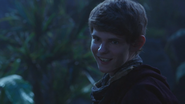 3x01 Peter Pan sourire dents menace jeu