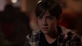 D1x07 Garrett Sykes jeune enfant