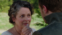1x06 Ruth main bague sourire regard David dos
