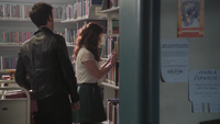 4x12 Killian Jones Capitaine Crochet Belle French Gold bibliothèque de Storybrooke solitude
