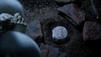 4x08 Ingrid boîte chapeau magique congélation pierre grotte
