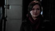 2x20 Regina Mills nuit découverte