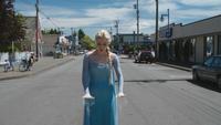 4x01 Elsa Reine des Neiges Storybrooke peur moto