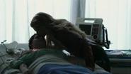 Shot 1x22 Emma küsst Henry