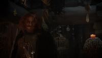 5x09 Roi Fergus requête demande Sorcière de DunBroch cabane chaumière chaudron casque