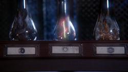 1x16 potions fioles bouteilles cheveux symbole cœur Véritable Amour